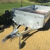 Bržděný přívěsný vozík na 1350 kg (263x145)